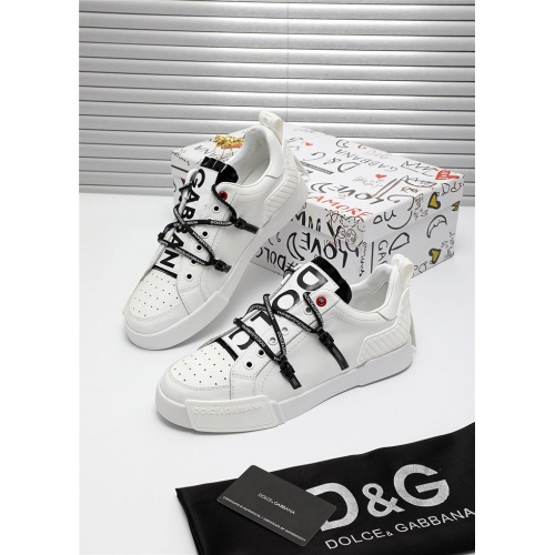 Dolce & Gabbana D&G Casual Shoes For Men #809485