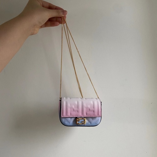 Fendi AAA Messenger Bags For Women #809894
