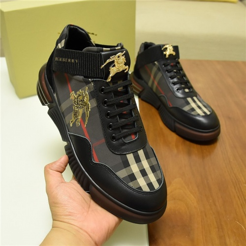 Burberry Casual Shoes For Men #809921