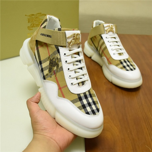 Burberry Casual Shoes For Men #809922