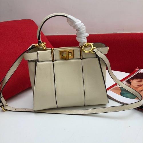 Fendi AAA Messenger Bags In 23*18*11cm For Women #809965