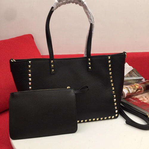 Valentino AAA Quality Handbags For Women #809978