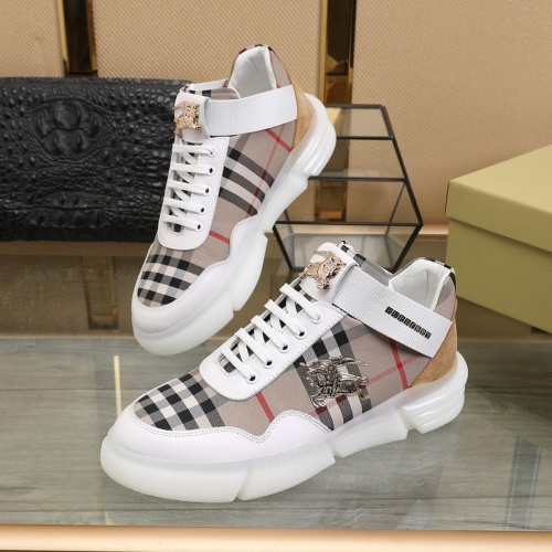 Burberry Casual Shoes For Men #810220