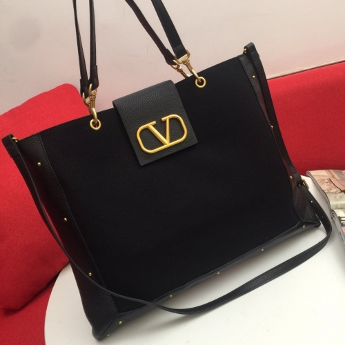 Valentino AAA Quality Tote-Handbags For Women #810350