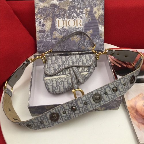 Christian Dior AAA Quality Messenger Bags For Women #810395