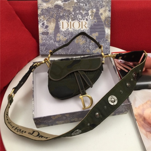 Christian Dior AAA Quality Messenger Bags For Women #810396