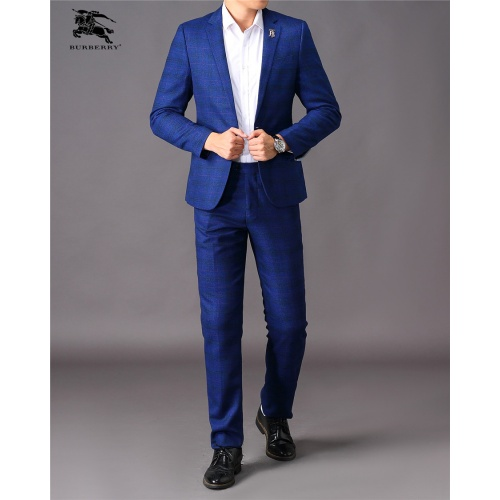Burberry Two-Piece Suits Long Sleeved For Men #810535