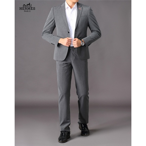 Hermes Two-Piece Suits Long Sleeved For Men #810540