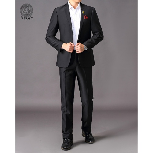 Versace Two-Piece Suits Long Sleeved For Men #810558