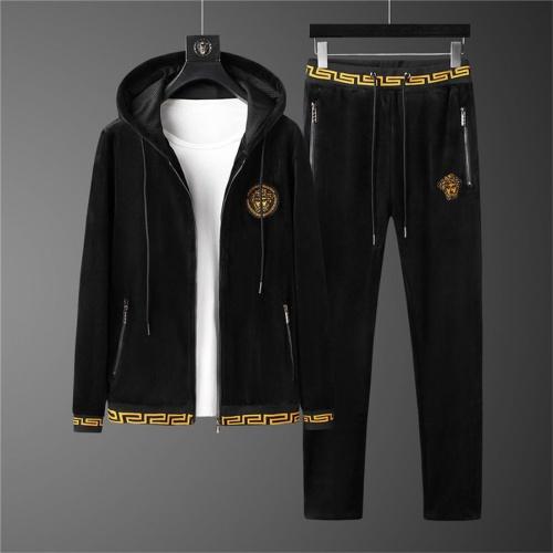 Versace Tracksuits Long Sleeved Zipper For Men #810572