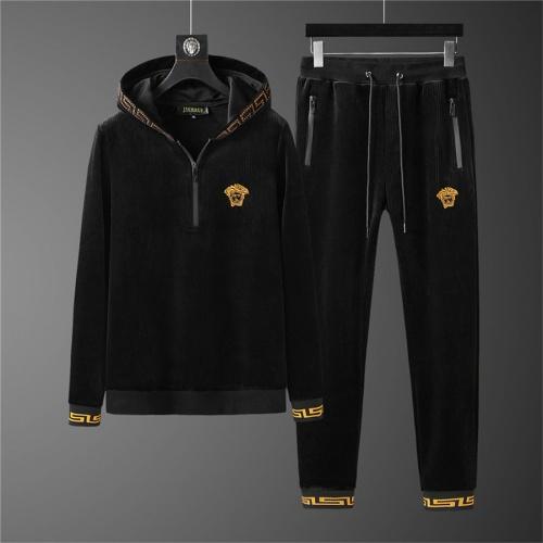 Versace Tracksuits Long Sleeved Zipper For Men #810585