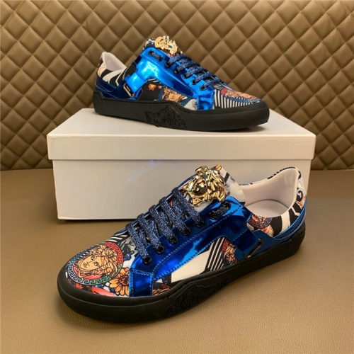 Versace Casual Shoes For Men #810924