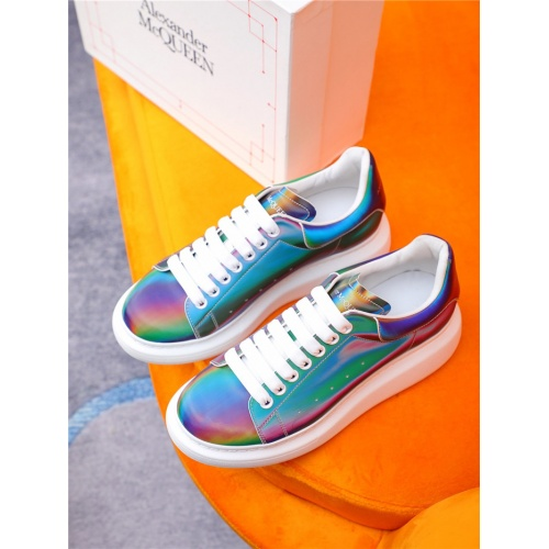 Alexander McQueen Casual Shoes For Women #810992