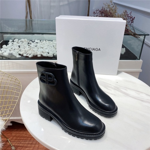 Balenciaga Boots For Women #811037