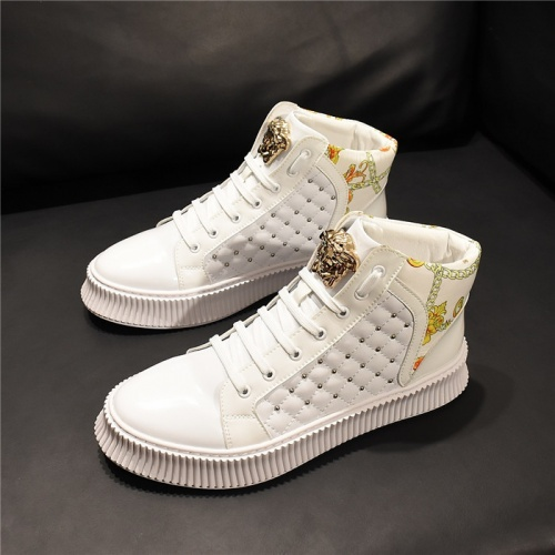 Versace High Tops Shoes For Men #811119