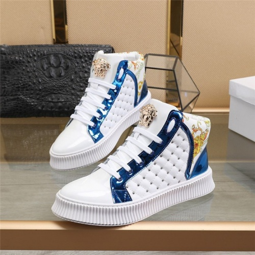 Versace High Tops Shoes For Men #811128