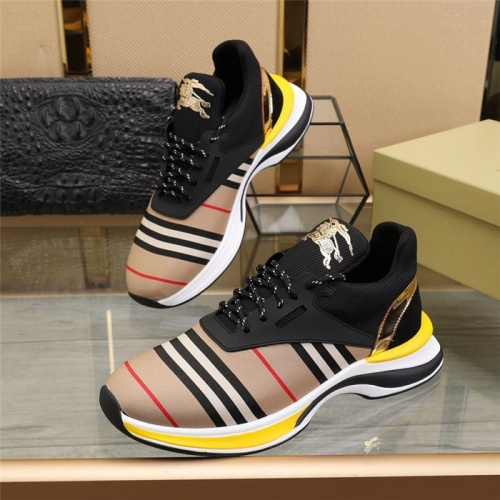 Burberry Casual Shoes For Men #811141