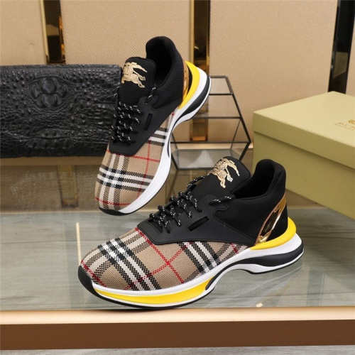 Burberry Casual Shoes For Men #811142