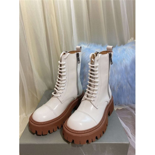 Balenciaga Boots For Women #811315