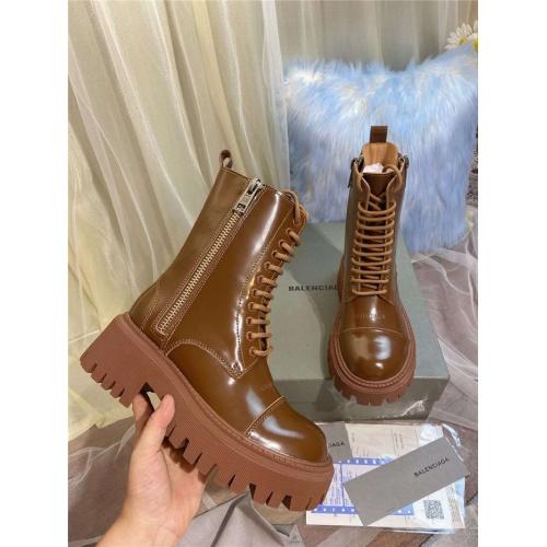 Balenciaga Boots For Women #811316
