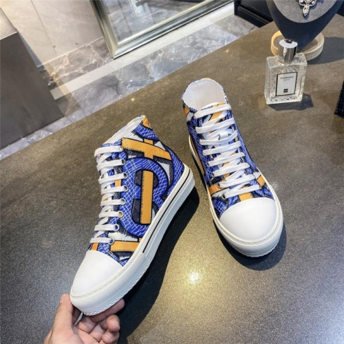 Burberry High Tops Shoes For Men #811322