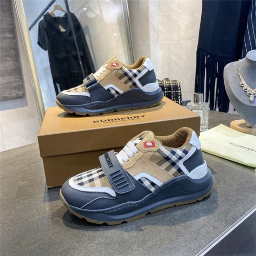 Burberry Casual Shoes For Women #811325