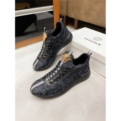 Versace Casual Shoes For Men #811444