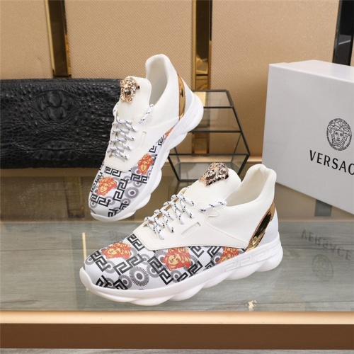 Versace Casual Shoes For Men #811472