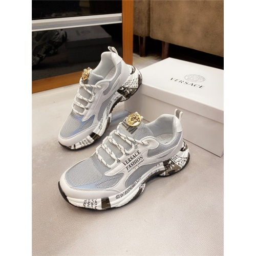 Versace Casual Shoes For Men #811677