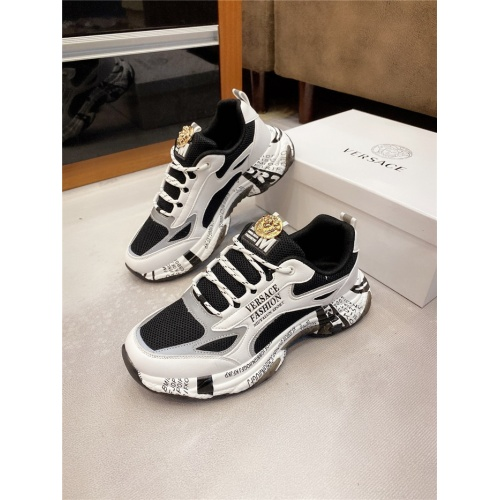Versace Casual Shoes For Men #811678