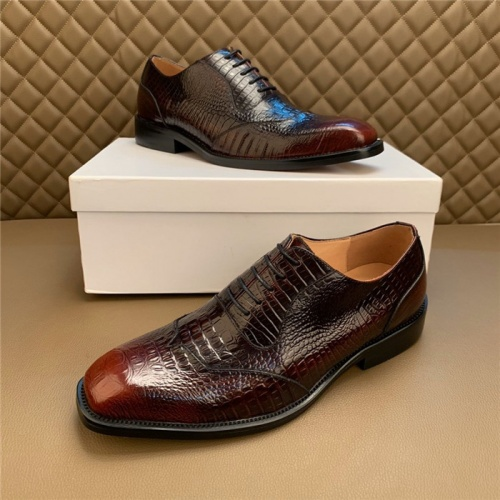 Versace Leather Shoes For Men #812046