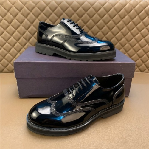 Valentino Casual Shoes For Men #812047