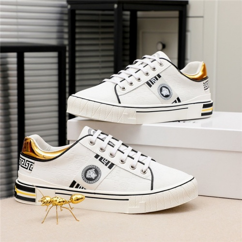Versace Casual Shoes For Men #812060
