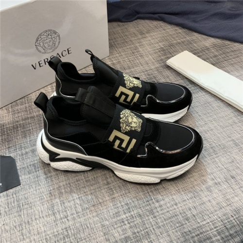 Versace Casual Shoes For Men #812506