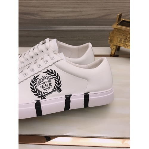 Replica Versace Casual Shoes For Men #812529 $76.00 USD for Wholesale