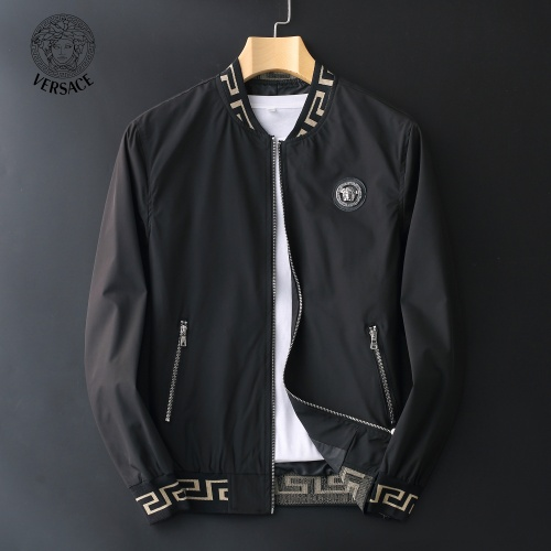 Versace Jackets Long Sleeved Zipper For Men #812594