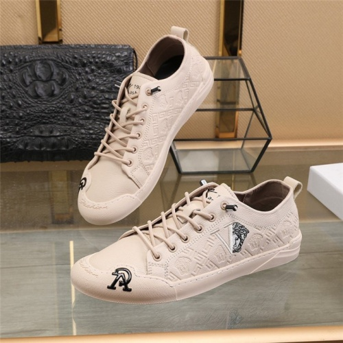 Versace Casual Shoes For Men #812632