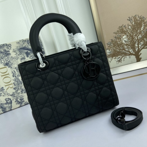 Christian Dior AAA Quality Messenger Bags For Women #812697