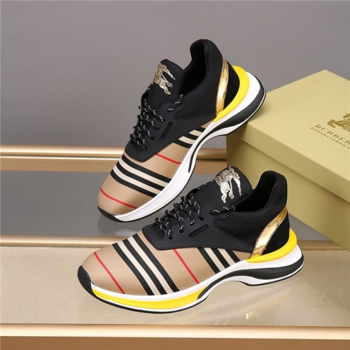 Burberry Casual Shoes For Men #812761