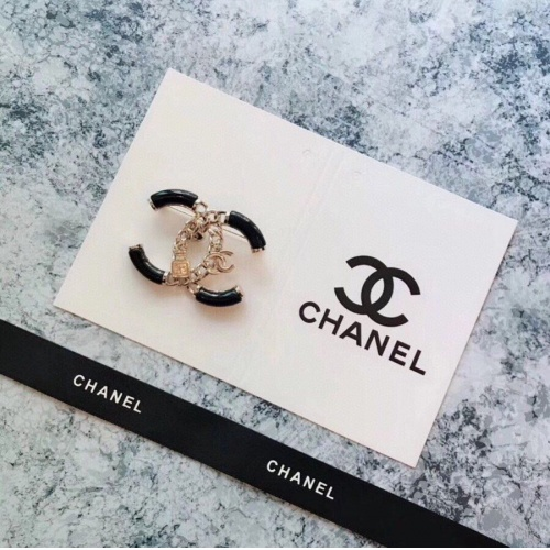 Chanel Brooches #812948