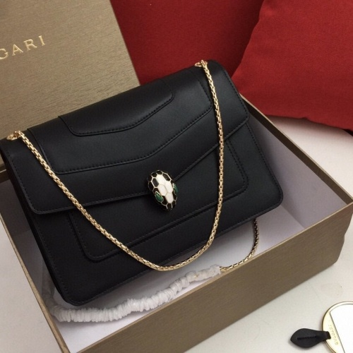 Bvlgari AAA Messenger Bags For Women #813181