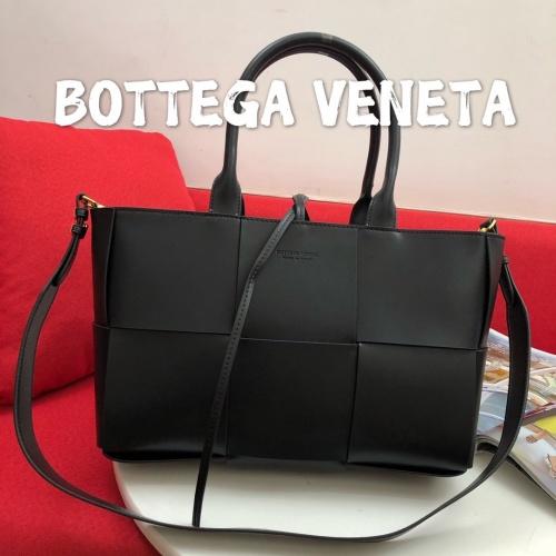 Bottega Veneta BV AAA Handbags For Women #813194