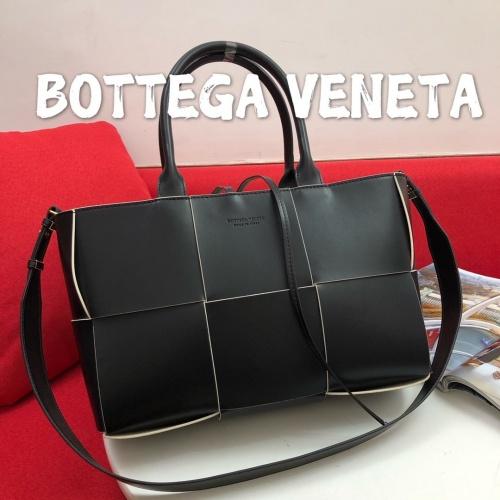 Bottega Veneta BV AAA Handbags For Women #813199