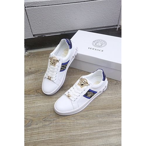 Versace Casual Shoes For Men #813274