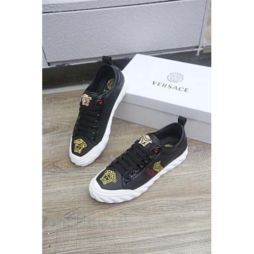 Versace Casual Shoes For Men #813277 $80.00, Wholesale Replica Versace Casual Shoes