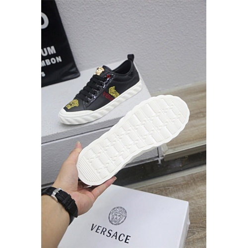 Replica Versace Casual Shoes For Men #813277 $80.00 USD for Wholesale