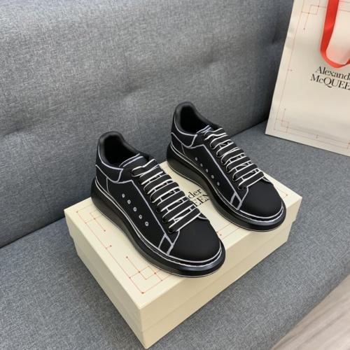 Alexander McQueen Casual Shoes For Men #813392