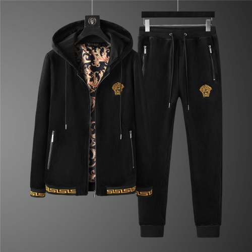 Versace Tracksuits Long Sleeved Zipper For Men #813467
