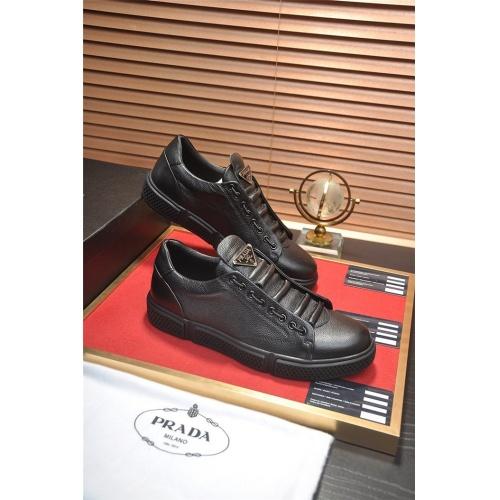 Prada Casual Shoes For Men #813649