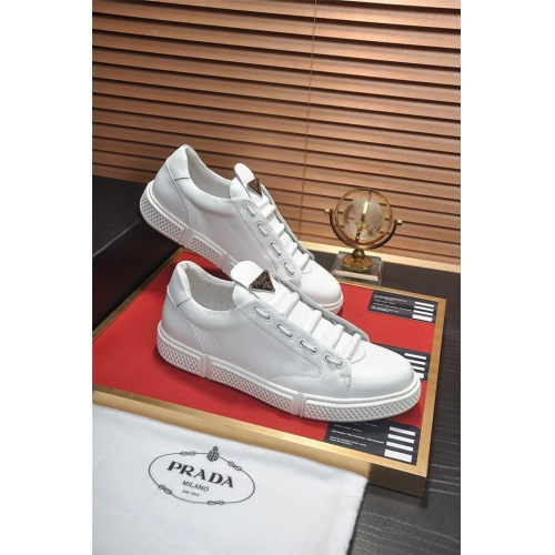 Prada Casual Shoes For Men #813650